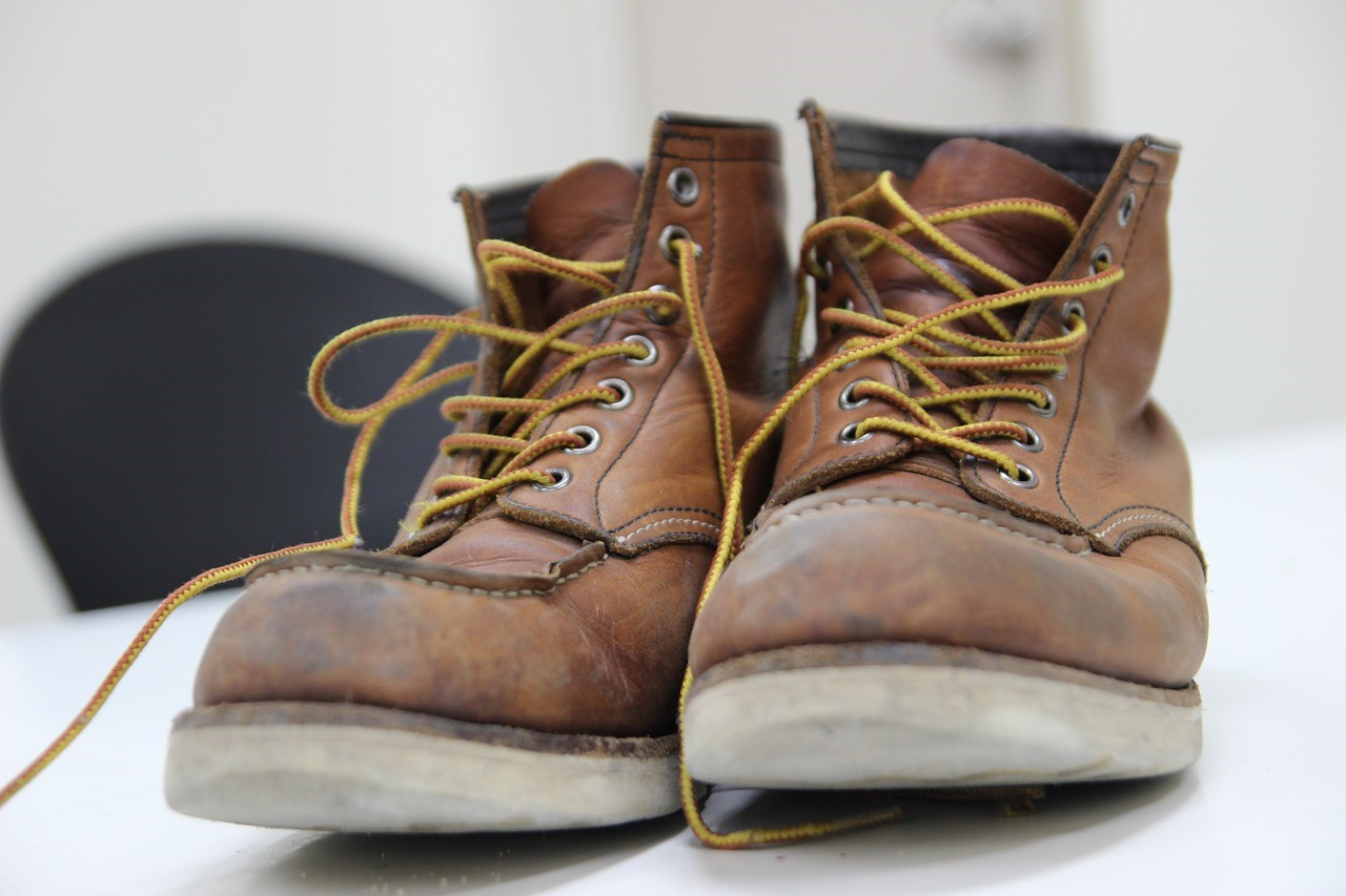 Stevige Werkschoenen.3 Redenen Om Stevige Schoenen Te Dragen Op Het Werk